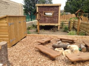 Nature hideout school